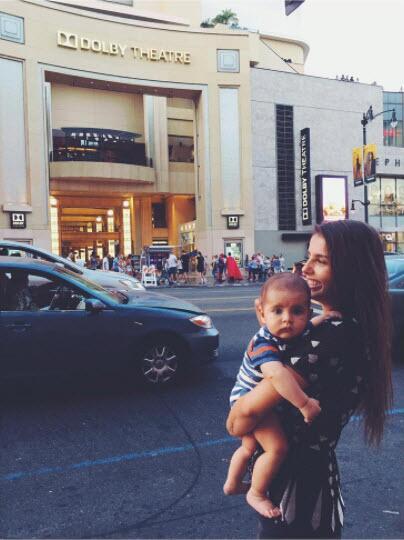 Michelle Renaud y su hijo