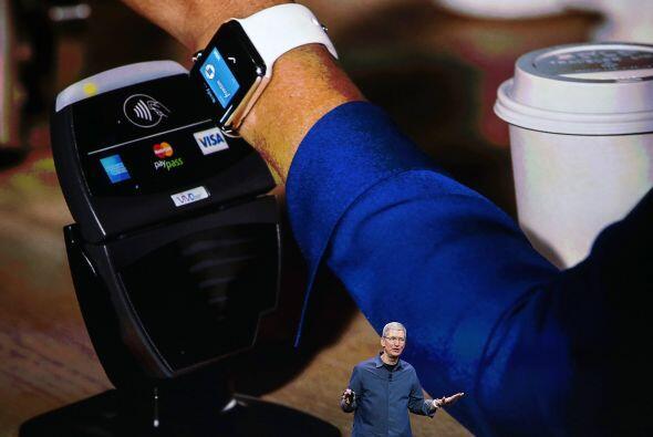 Con Apple Pay podemos pagar con tan solo pasar nuestro teléfono por el s...