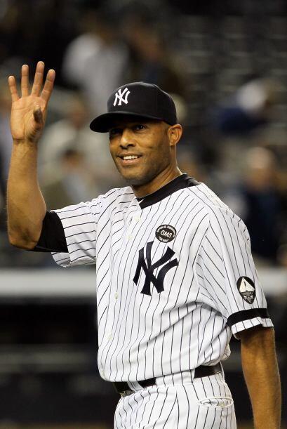 Mariano Rivera ha ganado cinco Series Mundiales con los Yankees (1996, 1...