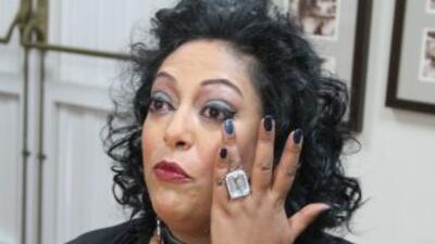 La cantante India llora frente a la prensa puertorriqueña al hablar sobr...