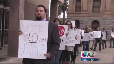 Protestas contra propuestas de ley antiinmigrantes en Phoenix