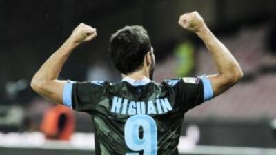 Higuaín volvió a marcar para el Napoles.