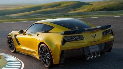 El Corvette Z06 2015 es el auto de producción más rápido y potente en la...