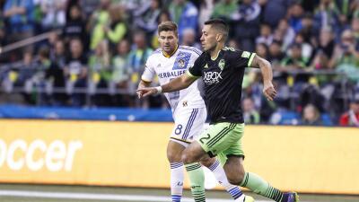 Dempsey y Gerrard durante el último partido entre Sounders y Galaxy.