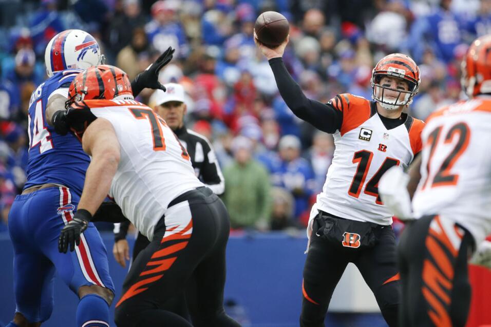Andy Dalton manejó bien el partido ante Bills y le dio a los Bengals su...
