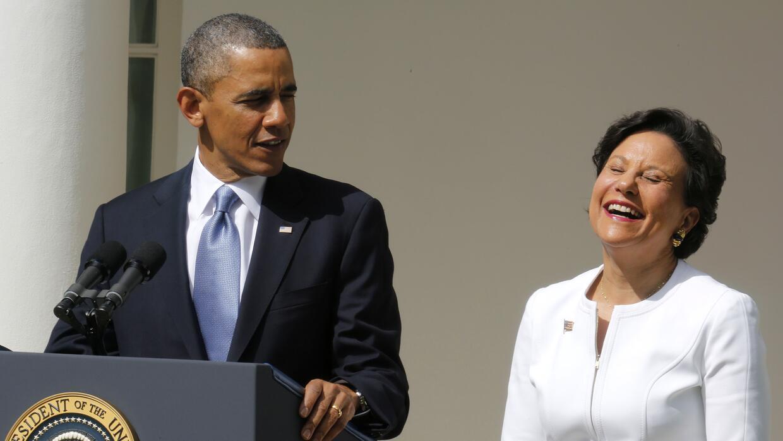 El presidente Barack Obama presenta a Penny Pritzker como su nominada pa...