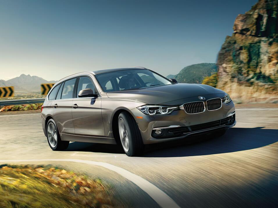 La Serie 3 Sport Wagon 2016 es la única station wagon que BMW aun ofrece...