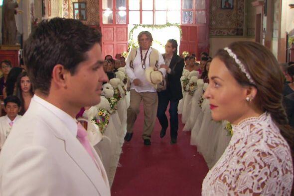 ¡No Melitón, no detengas la boda!