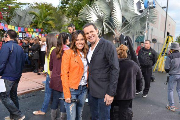 Alan y Karla aprovecharon el momento para tomarse la fotografía del recu...