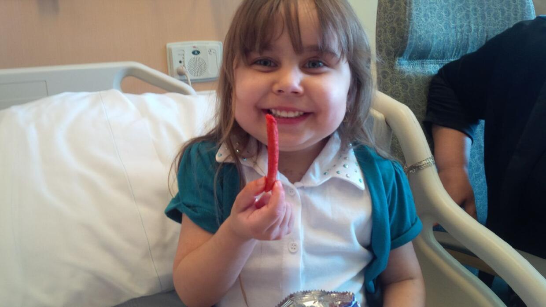 Daniela de Ávila, de 4 años, regresó a casa tras recibir un corazón nuevo.