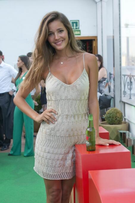 Malena Costa es una bella modelo que es novia del jugador del Watdford,...