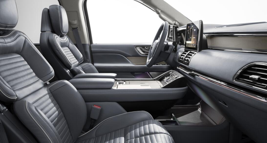 Imágenes de la nueva Lincoln Navigator 2018 18lincolnnavigator-12-hr.jpg