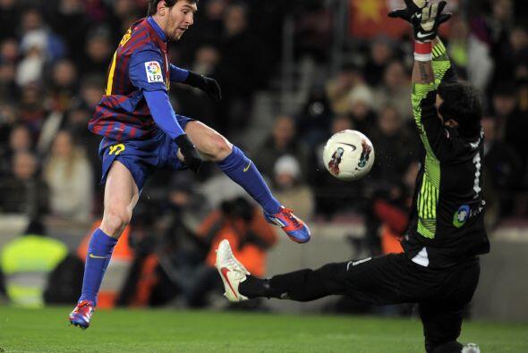 Y finalmente Messi no falló en un mano a mano y la mandó a...