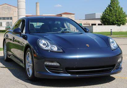 El nuevo Porsche Panamera S 2010 ha llegado a Estados Unidos.