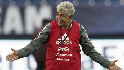 """""""¿Homenaje? ¡Ni me gusta!"""": El 'Tuca' Ferretti se sigue haciendo el difícil con el Tri"""