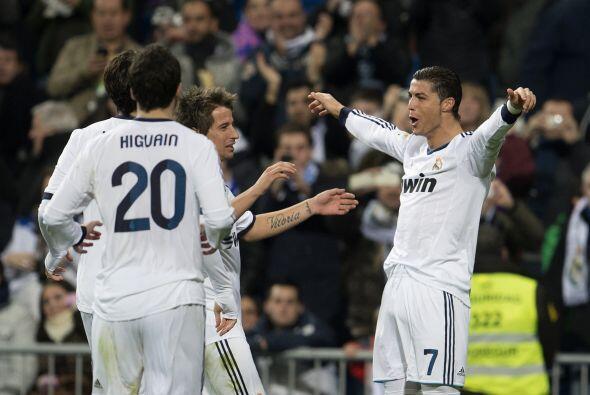 Cristiano hizo tres anotaciones para que el Madrid venciera por 4-1 y ya...