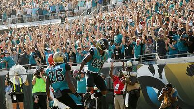 Suplir a Leonard Fournette no es sencillo pero Jacksonville se impuso en...