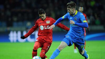 'Chicharito' Hernández es observado por Jürgen Klopp y el Liverpool.