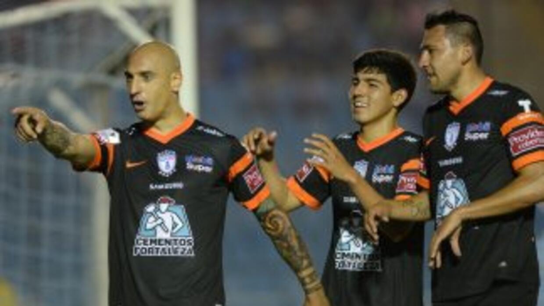 Pachuca metió siete goles en Guatemala.