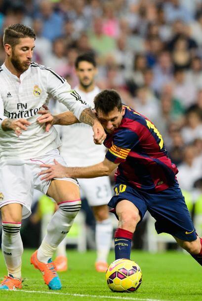 Con el 3-1 el Real Madrid aflojó un poco y cedió el balón al Barcelona,...