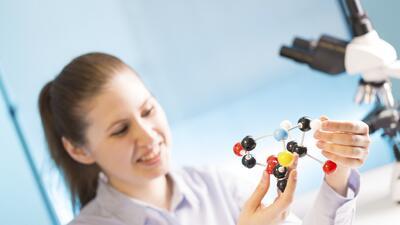 Los graduados carreras STEM ganan mejor salario