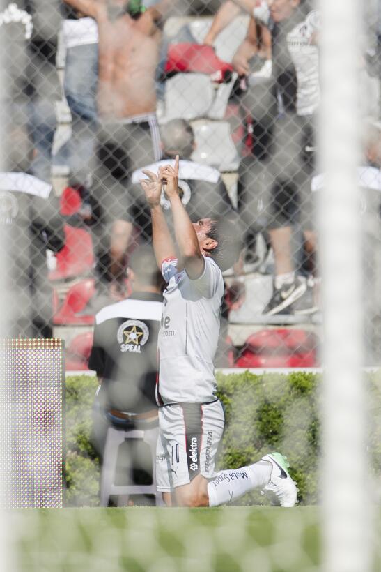 Atlas golea a domicilio y se mete a puestos de Liguilla Gol Matías Alust...