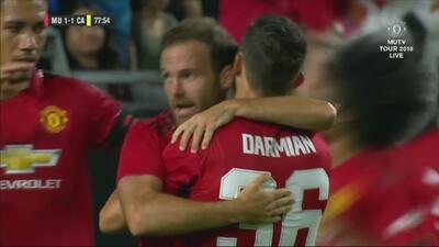 Juan Mata empata el juego para Manchester United