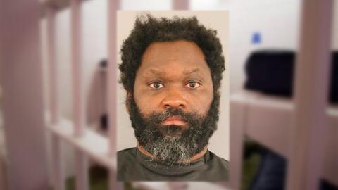 Marvin Lewis, de 40 años, fue sentenciado a 77 años en pri...