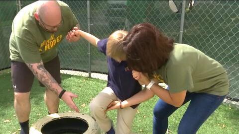 """""""Amigos de Batalla"""" es el programa que entrena a niños en Florida con ne..."""