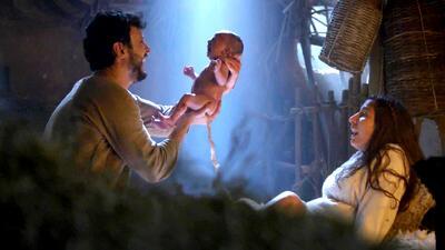 María dio a luz a Jesús con la ayuda de José