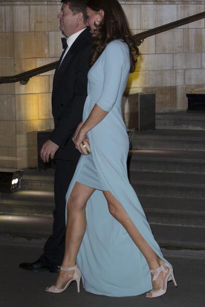 En Nueva York, la pareja real británica acudió a una cena benéfica que c...