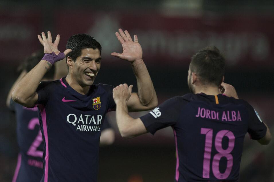 Neymar alcanzó los 100 goles con Barcelona GettyImages-663815352.jpg
