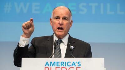 Jerry Brown, gobernador de California.