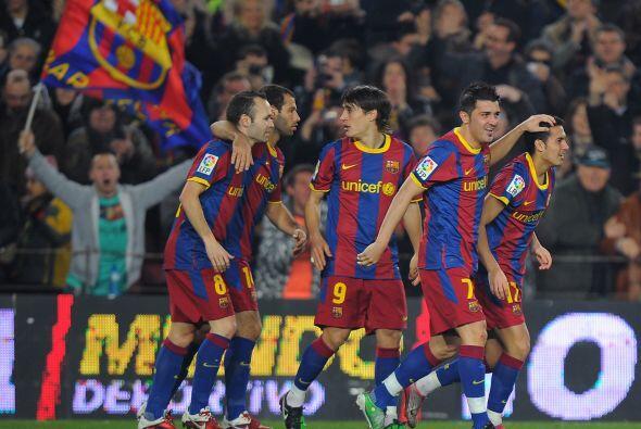 El fútbol regresó en la Liga española con el inicio del 2011 y Barcelona...
