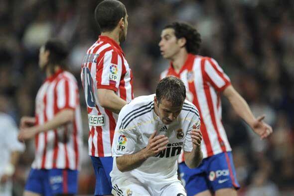 Casi después del gol 'colchonero', los madridistas se hicieron del domin...