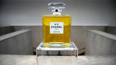 Perfumes GettyImages-167948507.jpg
