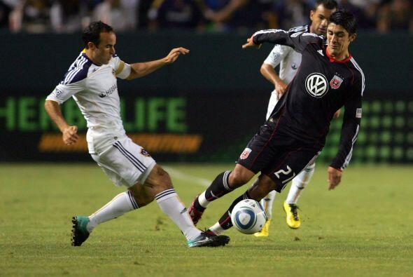 Landon Donovan salvó a Galaxy de una derrota ante DC United con dos gole...