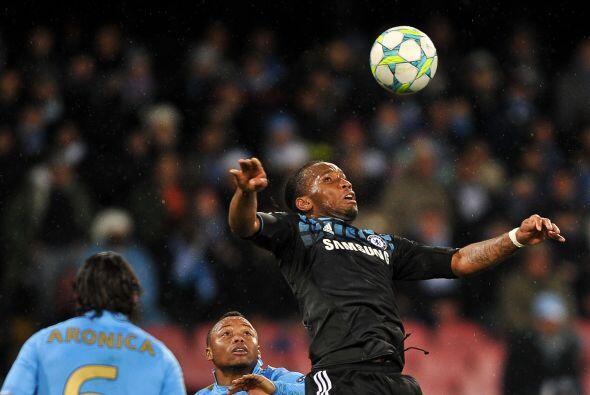 Didier Drigba fue de los jugadores que más coraje mostraron por e...