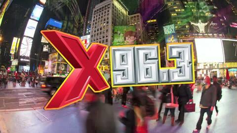 Maluma en la X