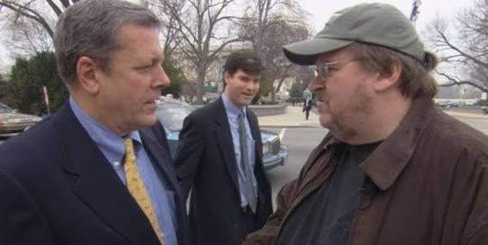 """Siguiendo con la línea de """"Bowling for Columbine"""", el polémico director..."""
