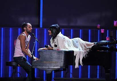 Alejandra Guzmán cantó a dueto con Mario Domm de Camila su canción 'Hast...