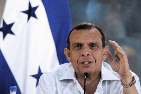 El presidente Porfirio Lobo dispuso alrededor de unos 2,000 militares qu...
