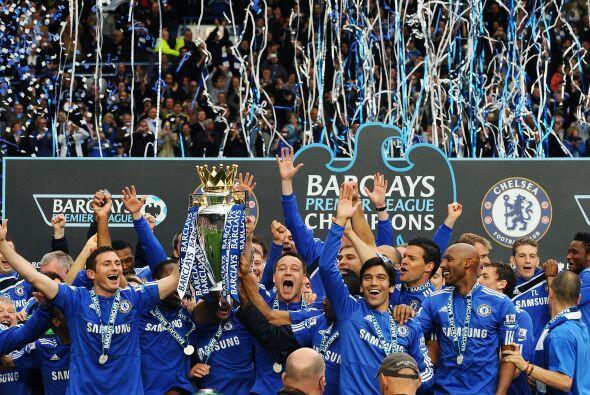 La Liga inglesa tuvo tonos principalmente 'Blues', aunque con una parte...