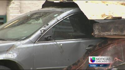 Daños y afectaciones causados por los fuertes vientos en Chicago