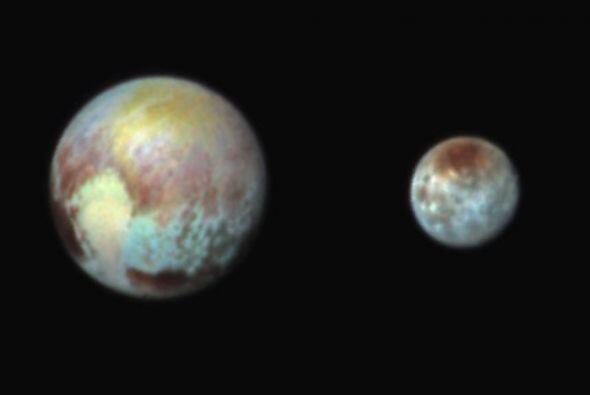 Otra imagen de Plutón y Charon en su multifacética composición. Este no...