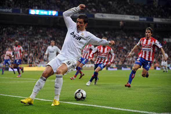 El Real Madrid recibió al Sporting de Gijón en la Liga luego de su resba...