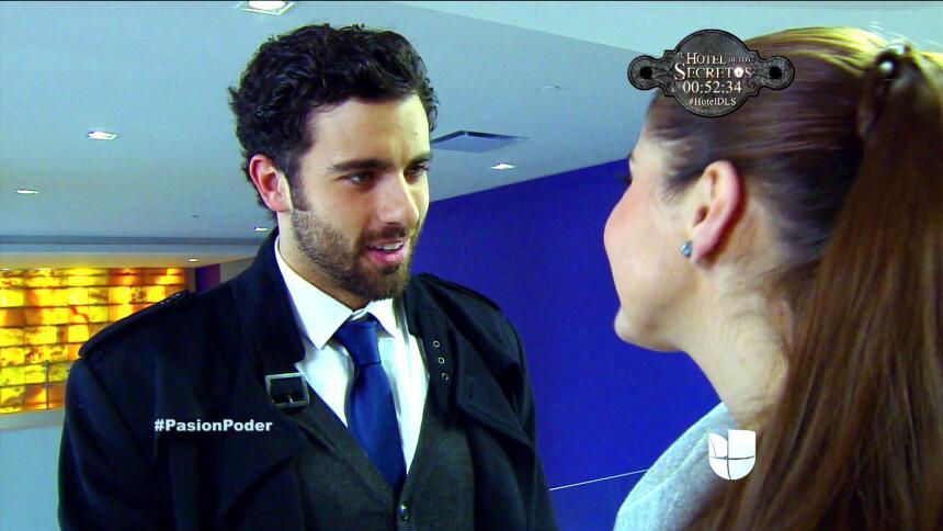 ¡David le propuso matrimonio a Regina! 7DDC64A36EB34D3D9195A0EE033E24D8.jpg