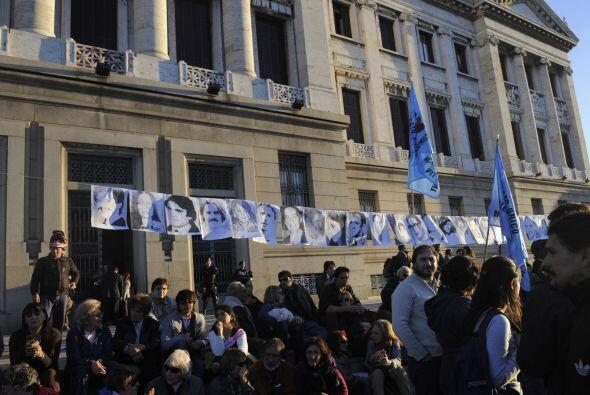 Amaral García, hijo de desaparecidos de la dictadura, le dijo a la agenc...