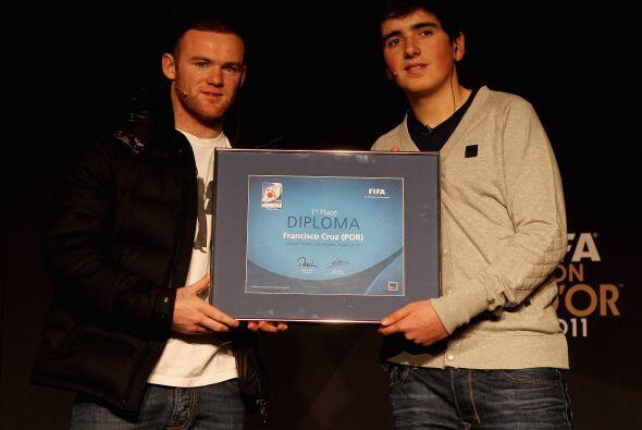 También se entregó el premio al mejor jugador a nivel inte...