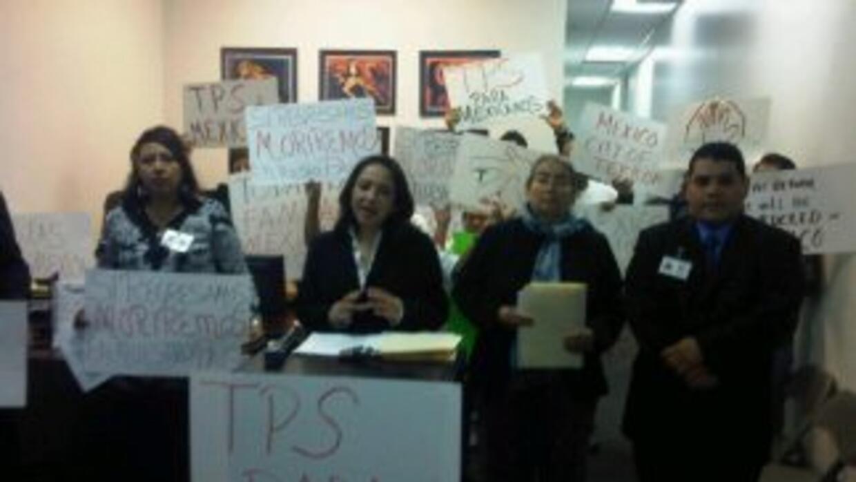 Activistas civiles pidieron TPS para mexicanos a gobierno de Obama. Foto...